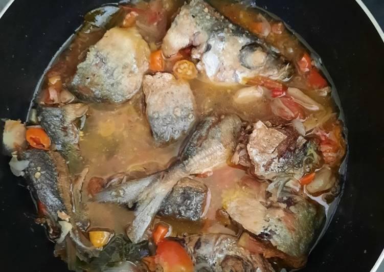 Ikan kembung kuah pedas