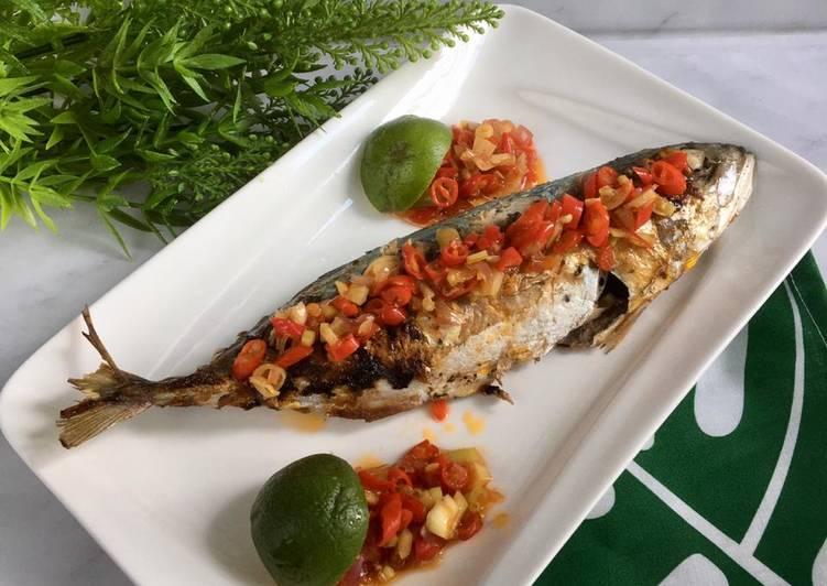 Ikan Kembung Bakar sambal Matah