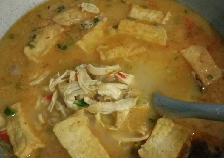 17. Kare Ayam Tahu - cookandrecipe.com