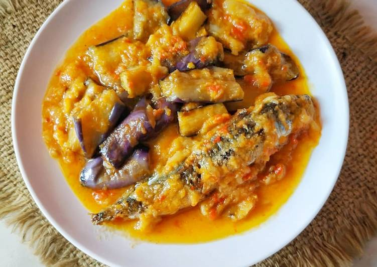 Ikan pindang& terong masak tempoyak