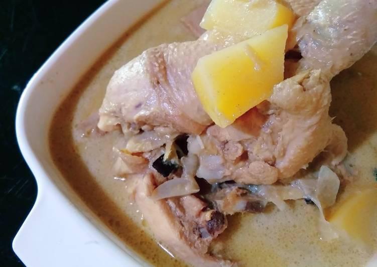 Ayam Masak Kurma