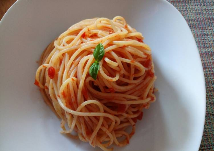 Going Green for Better Health By Dining Superfoods, Spaghetti all'arrabbiata