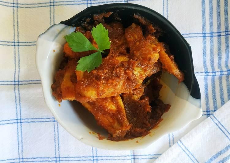 Sayap Ayam Bumbu Rendang