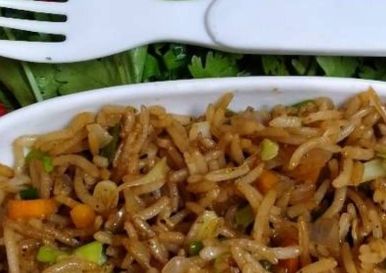 Information on How to Elevate Your Mood with Food Chinese fried rice