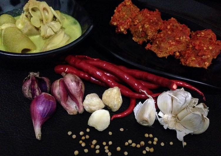 Gulai nangka tunjang (kikil)