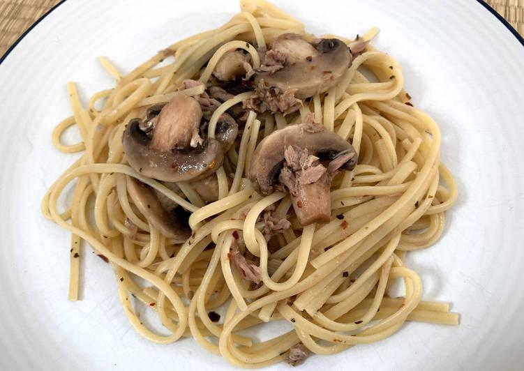 Simple Way to Make Any-night-of-the-week Tuna Mushroom Linguine