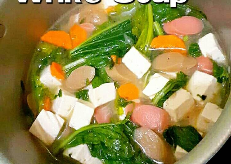 White Soup (Sop Putih Ala Uti)