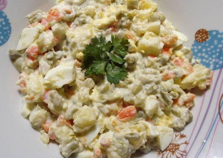 Recipe of Super Quick Homemade Macédoine (vegetables, eggs, mayo)