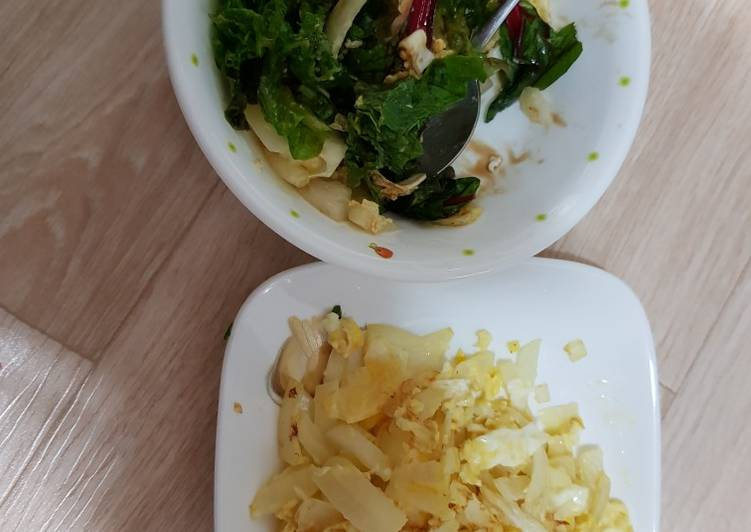 Quick Balsamic vegetable salad and egg scramble with onion