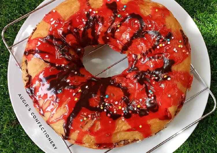 Giant glazed doughnut