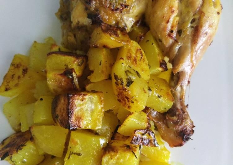 Poulet et pomme de terre au four au curcuma