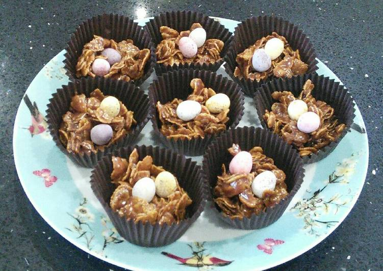 Easiest Way to Cook Yummy Easter Crispy Cakes
