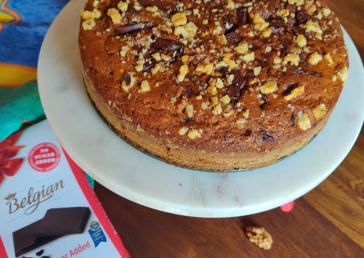 Recipe: Yummy Pumpkin cake with walnuts and lindt chocolate