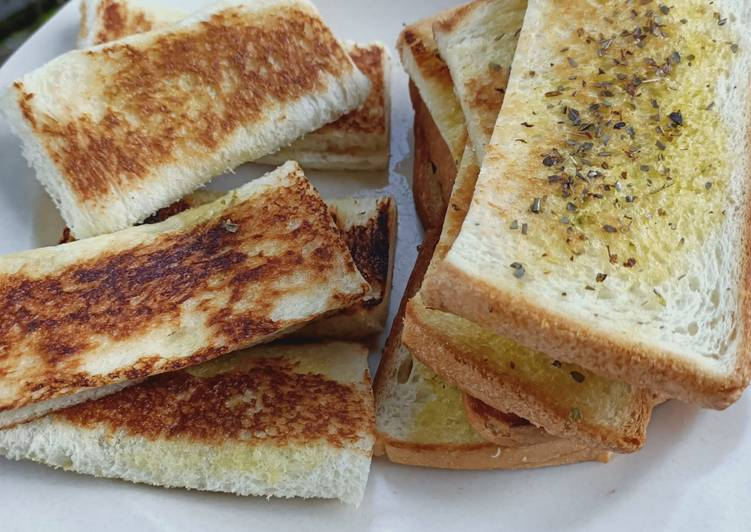 Resep Garlic bread ala ala Terenak