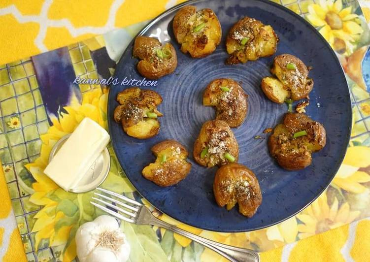 Recipe of Favorite Smashed potato with butter garlic