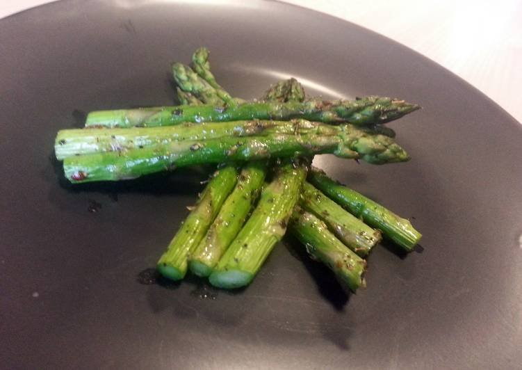 Recipe: Appetizing Simple grilled asparagus