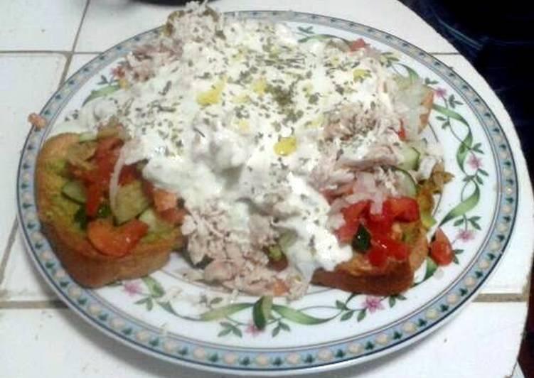Steps to Make Quick Ladopsomo with Tzatziki Sauce