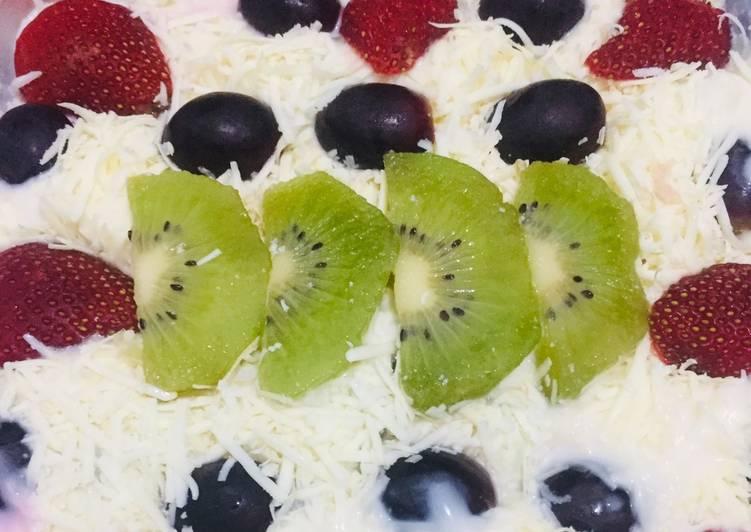 Salad buah sederhana - cookandrecipe.com