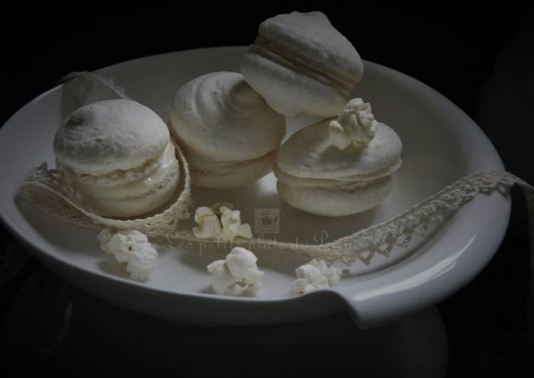 Recette Appétissante Macarons tout blancs, ganache au chocolat blanc et pop corn