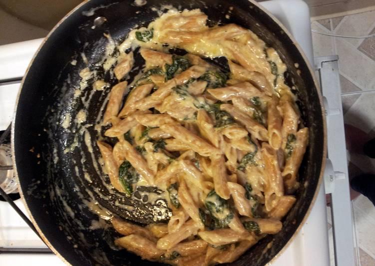 Recipe: Tasty Spinach Penne Alfredo