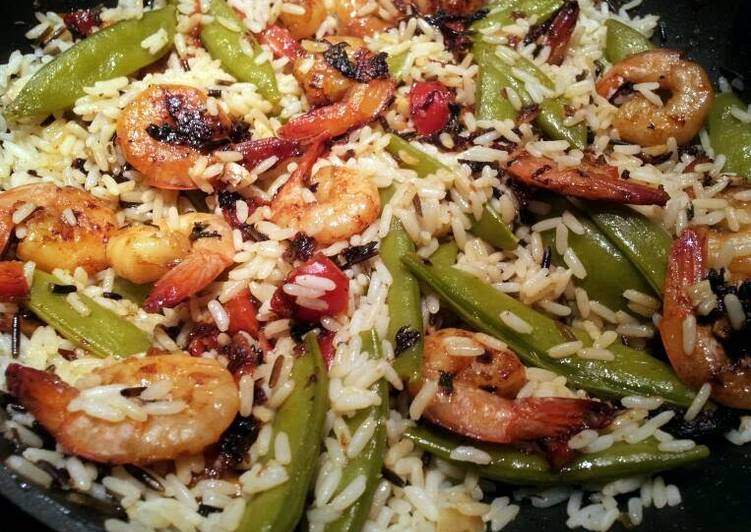 Step-by-Step Guide to Make Super Quick Homemade Yummy Yummy Shrimp, Snap Peas, & Rice