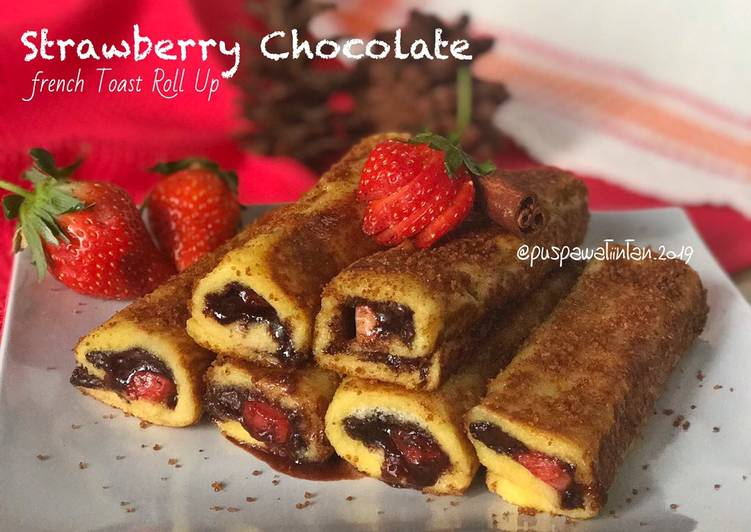 Strawberry chocolate french toast roll up