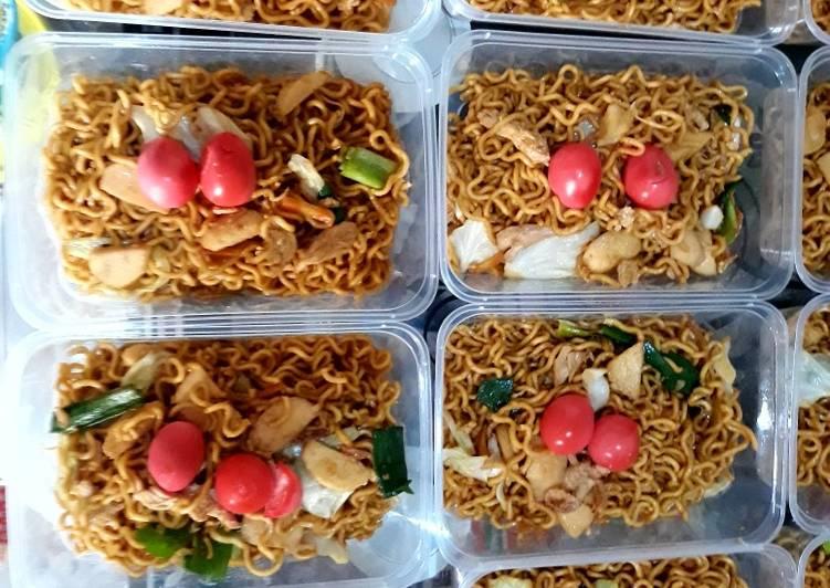 Resep Bakmi goreng ultah special chinese food oleh Sally Rachel
