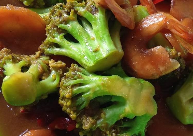 Tumis Brokoli Wortel Udang