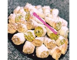 Cucuruchos rellenos de crema pastelera - especial año nuevo