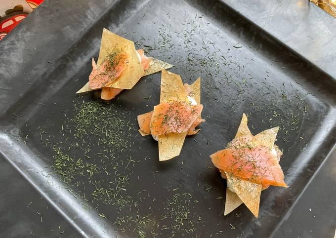 Bouchées croustillantes au Saumon fumé & crème citronnée à l'aneth