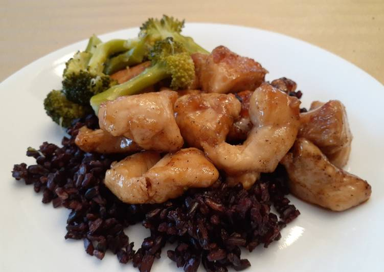 Step-by-Step Guide to Prepare Any-night-of-the-week Honey Garlic Chicken on Black Japonica Rice