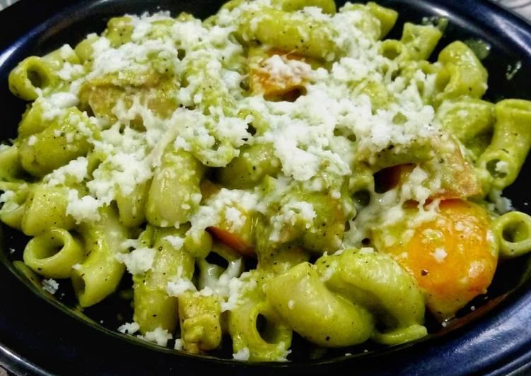 One Pan Garlic Pesto Chicken Pasta