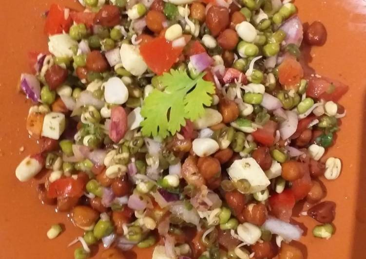15 Minute Recipe of Homemade Chana Chaat