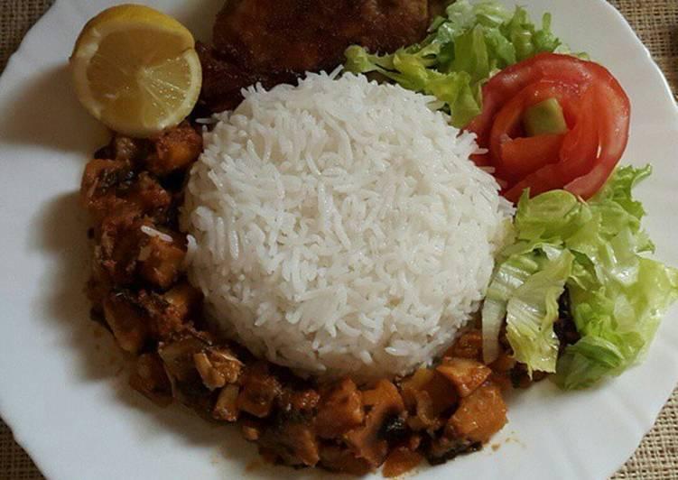 ارز ابيض مع دجاج مقلي ❤💫