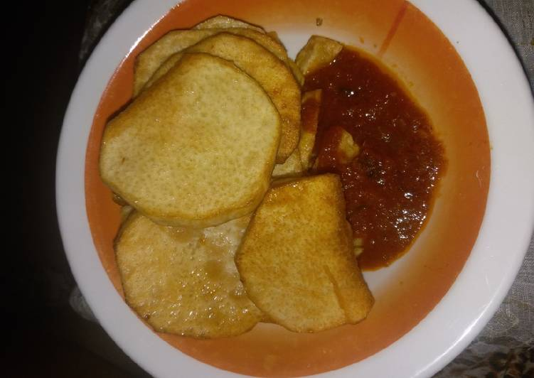 Simple Way to Prepare Top-Rated Fried yam with sauces