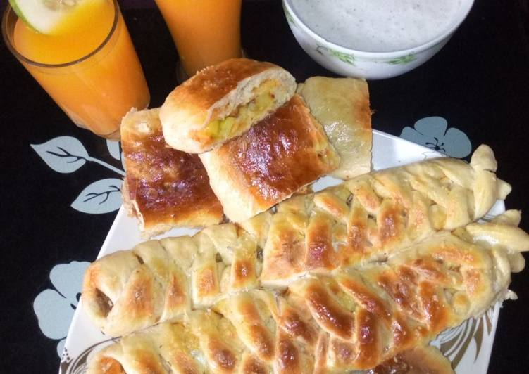 Caterpillar bread,ginger juice with mango and fura
