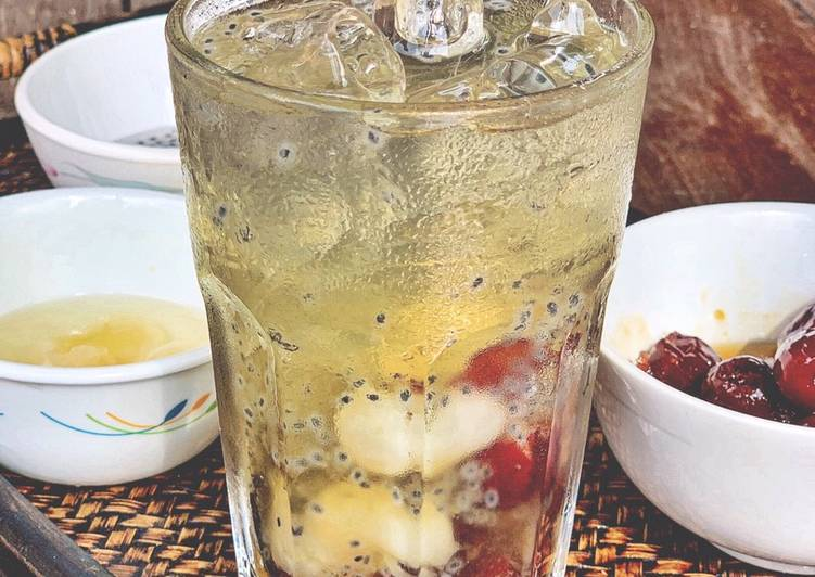 Air sira kurma merah mix longan #minggukedua #minuman - resepipouler.com