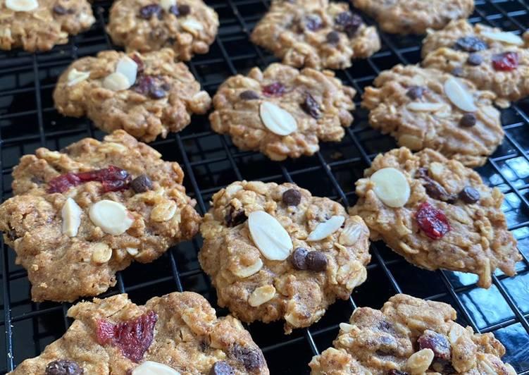 Cara Gampang Membuat Crunchy oat cookies, Enak