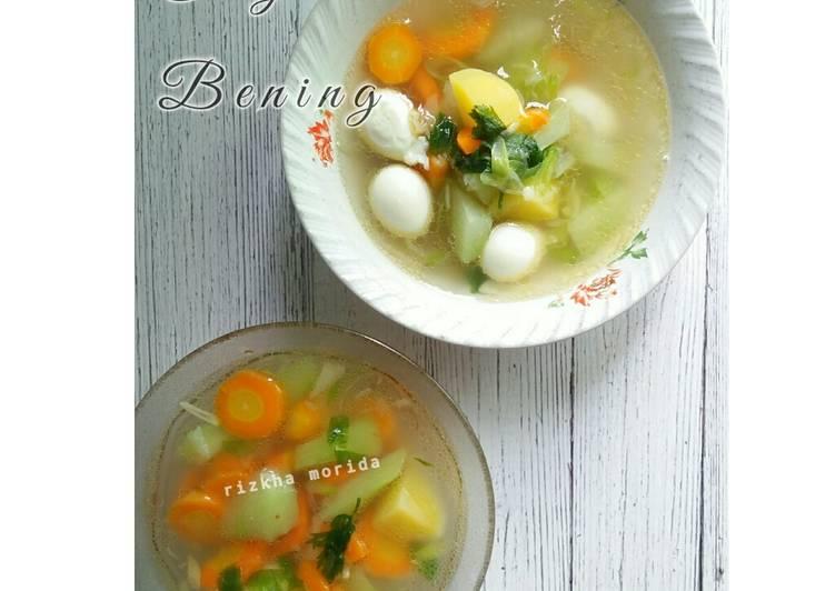 Sayur bening wortel, labu siam, kentang dan telur