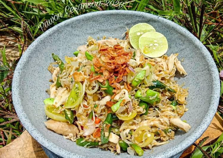 Oseng Mercon Teri Nasi Mix Ayam Suir