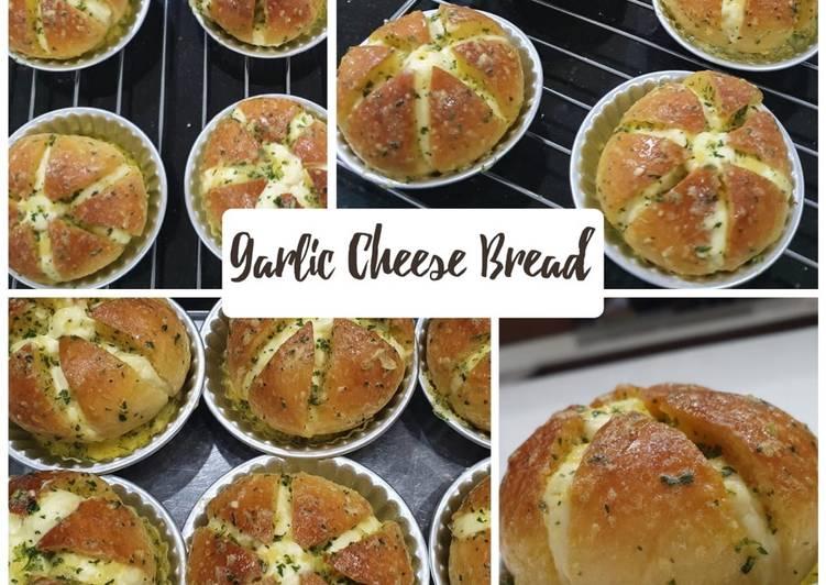 Resep Garlic Cheese Bread Paling Top
