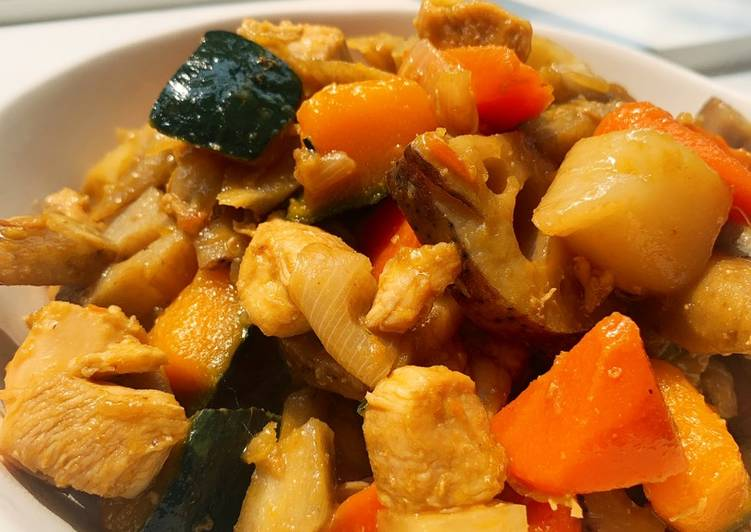 Sweet soy-sauce boiled vegetables with chicken