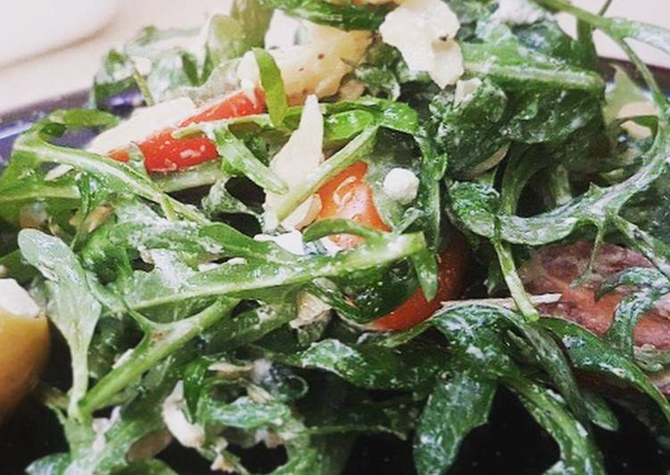 Wild Rocket & Goats Cheese Salad
