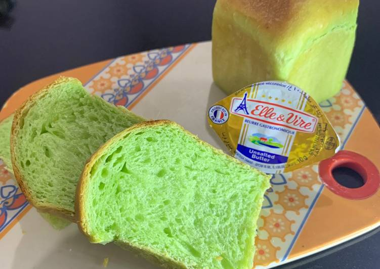 How to Prepare Delicious Pandan Loaf