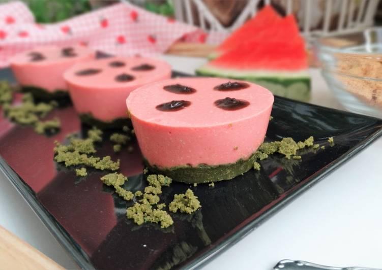 Mini cheesecakes saludables de sandía y té matcha