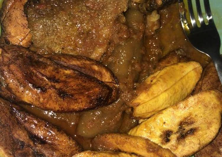 10 Minute Step-by-Step Guide to Make Favorite Fried plantain with pomo sauce
