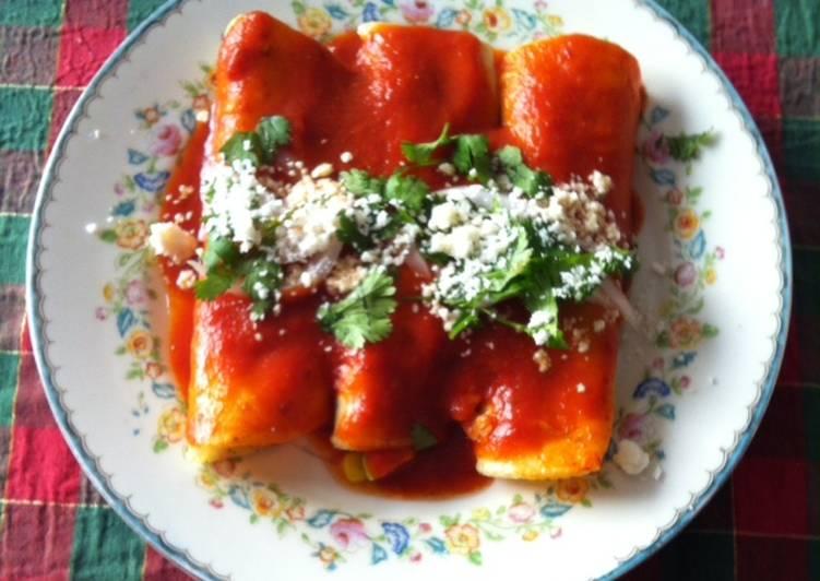 Enchiladas con calabacitas ©