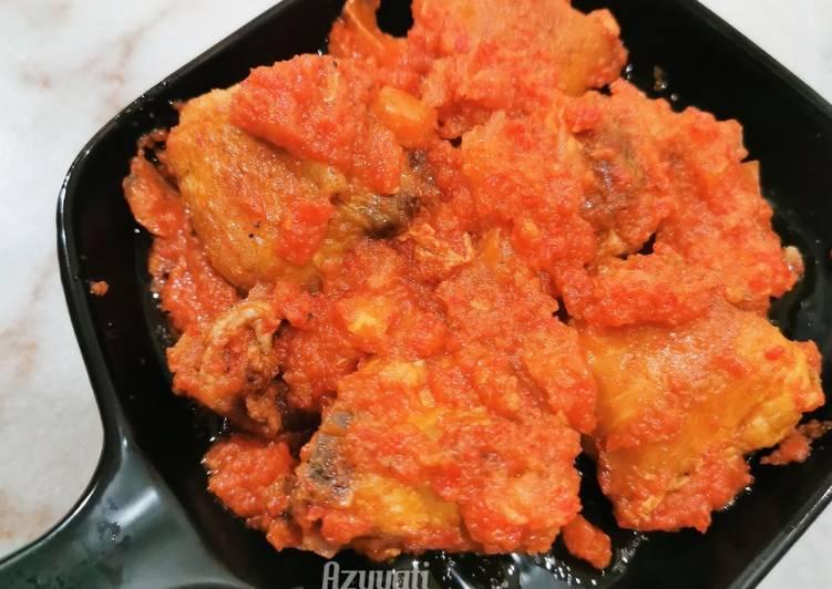 Ayam goreng berlado #rayahightea #johor - velavinkabakery.com