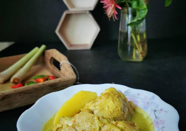 Ayam Gulai Lemak Kentang - velavinkabakery.com