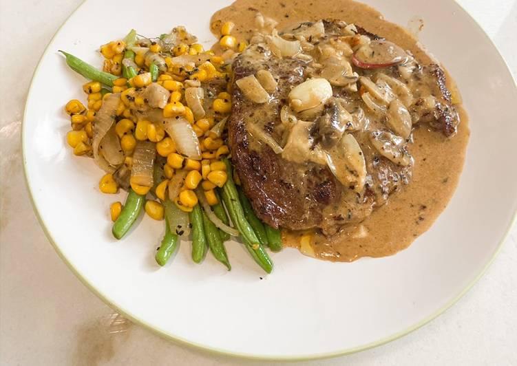 Sirloin steak with mushroom sauce
